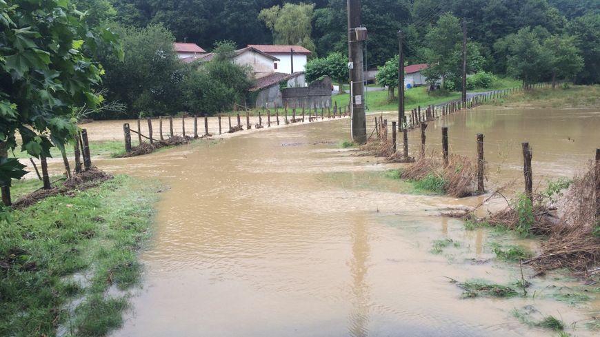 Les routes ont été inondées dans le secteur de Hasparren Eihieralde