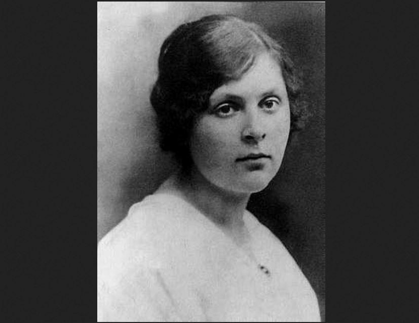 Photographie d'Elsa Triolet, 1916.