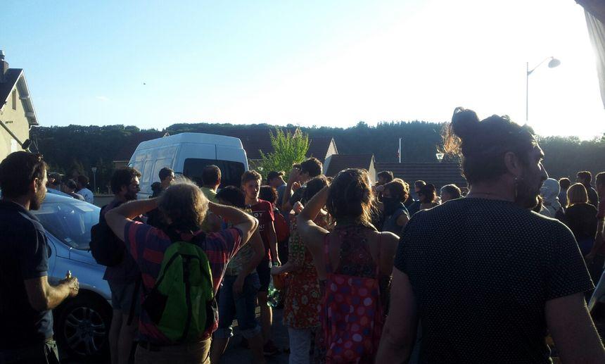 Environ 150 personnes se sont opposées à cette expulsion - Radio France