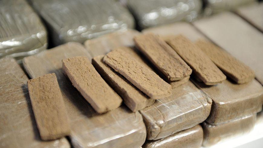 Près de six kilos de drogue ont été saisis dans le cadre de ce trafic au sein de la prison d'Uzerche