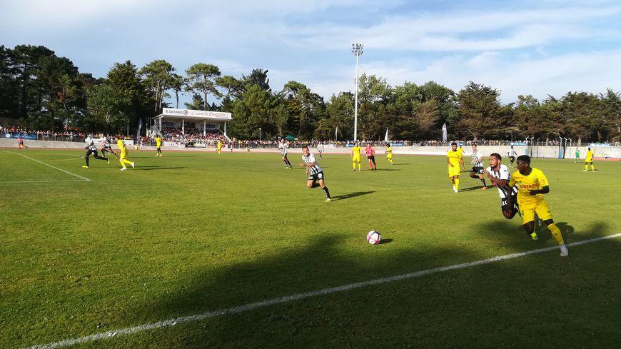 En réponse à l'ouverture du score angevine à la 13e minute, Abdoulaye Dabo a conclu une belle action collective nantaise à la demi-heure de jeu.