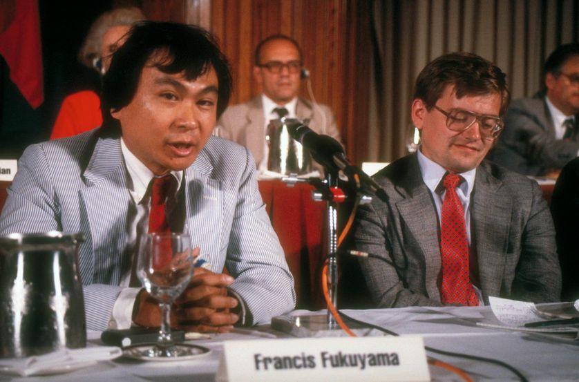 Francis Fukuyama, membre de la délégation d'historiens américains débattant contre la délégation russe sur la responsabilité du déclenchement de la guerre froide