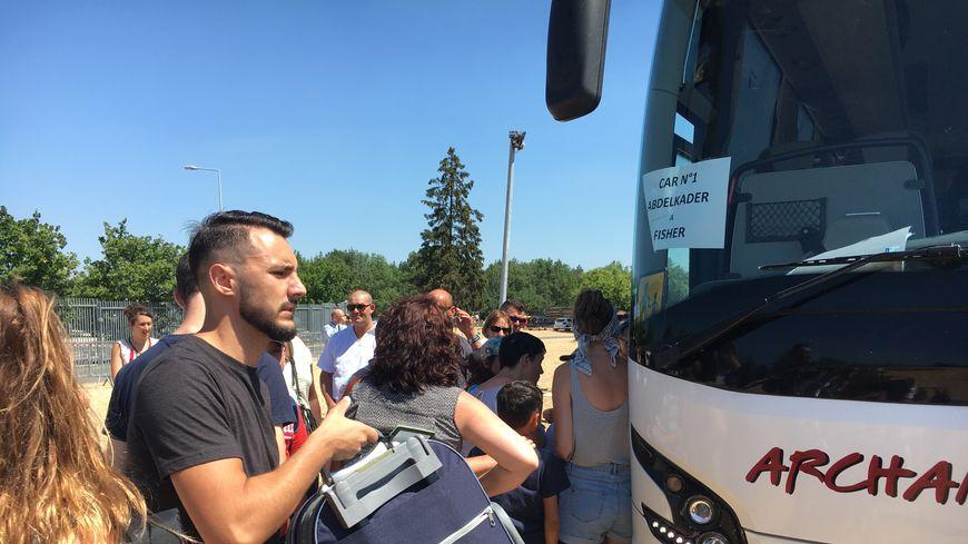 150 petits Tourangeaux ont pris le car pour partir en colonie de vacances grâce au département