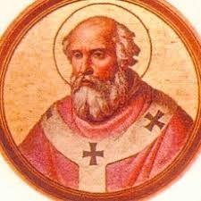 Le pape Léon IX aurait offert 12 statuettes en or à l'abbaye de Gorze