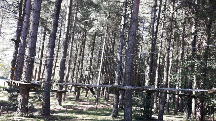 Parcours accrobranche Aventure Parc St Pierre de Trivisy (81)