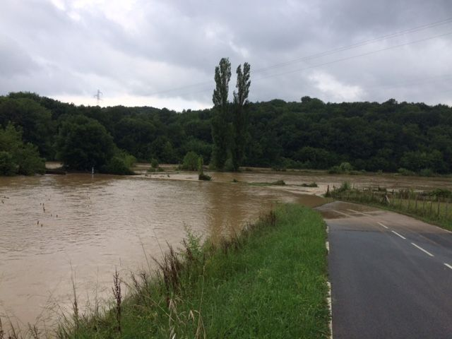 Le quartier Astobizkar à Ustaritz est sous les eaux ce matin
