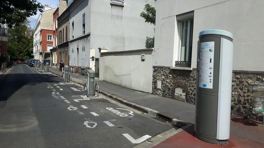 Une station Autolib à Argenteuil (Val-d'Oise)