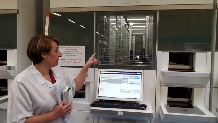 50 000 boîtes de médicaments sont désormais stockés dans les trois robots du site de Trousseau