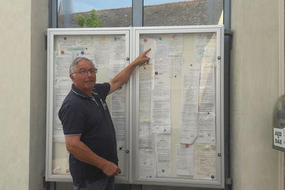 Le maire de Briollay a pris un arrêté interdisant les moustiques d'entrer dans sa commune