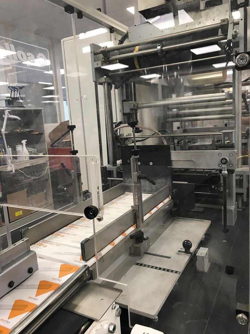 La production des autotests VIH à Illkirch.