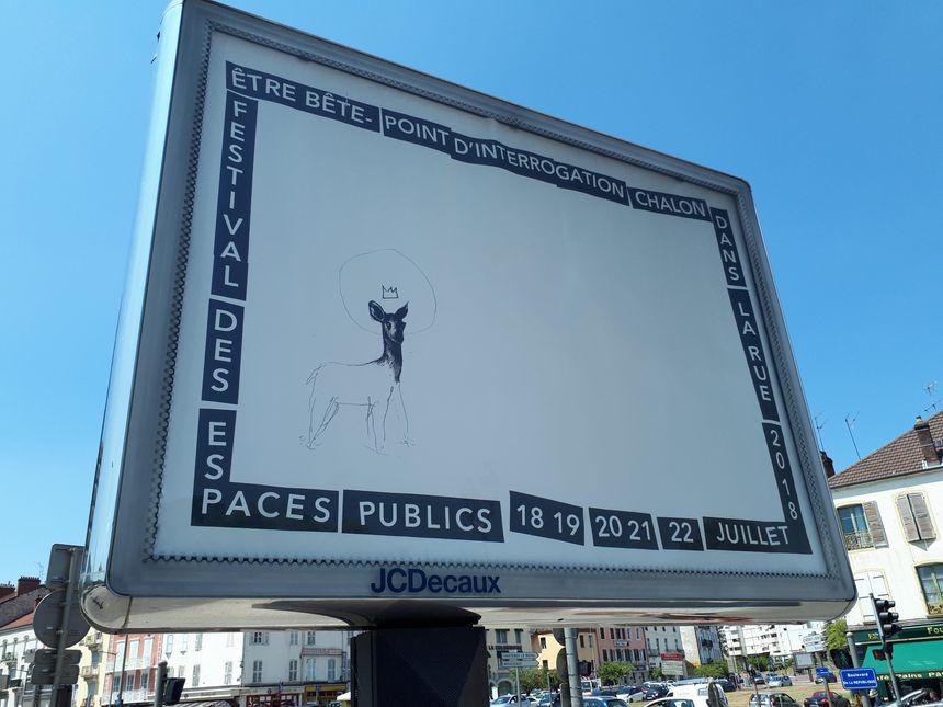 L'affiche quasiment blanche du festival cette année, pour inviter le public à participer et s'approprier leur affiche.