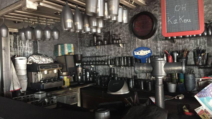 Le restaurant a pris feu dans la nuit de samedi à dimanche.