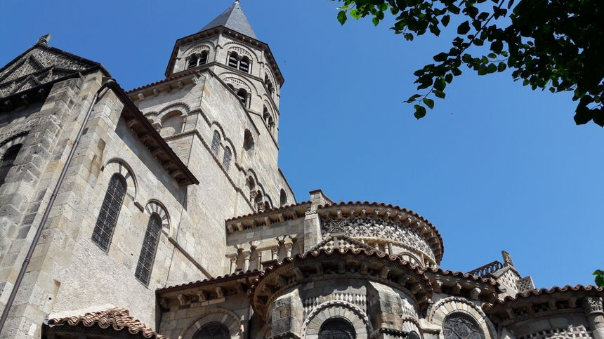 Notre--Dame--du-Port à Clermont-Ferrand
