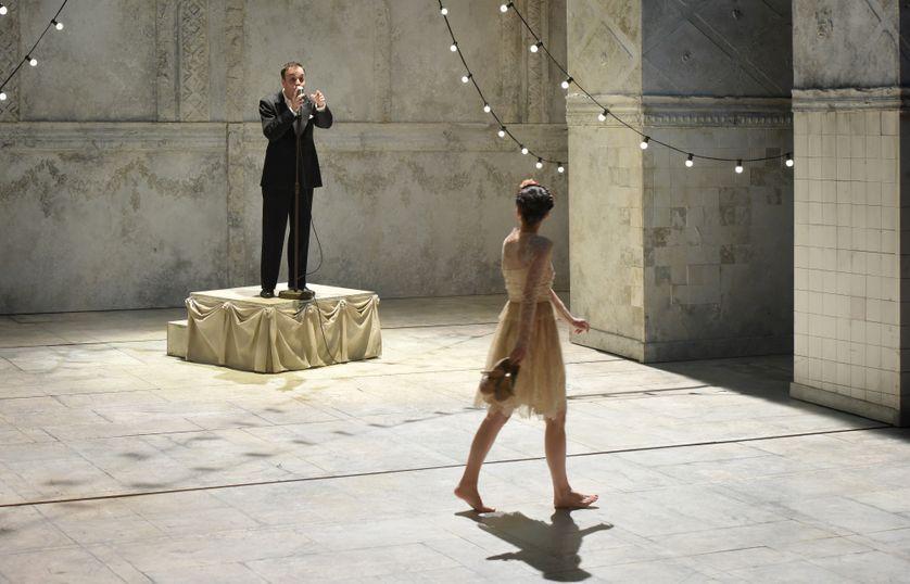 """""""Roméo et Juliette"""" dans la mise en scène d'Eric Ruf à la Comédie-Française, septembre 2016"""