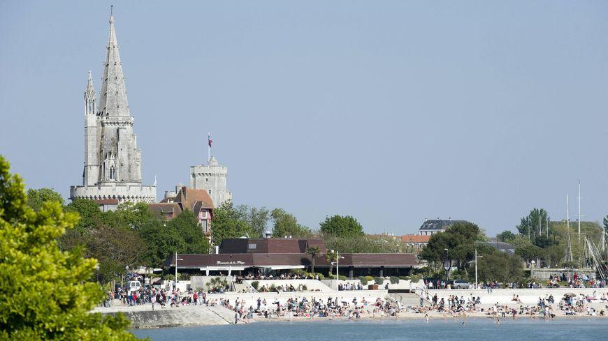La plage de la concurrence à La Rochelle