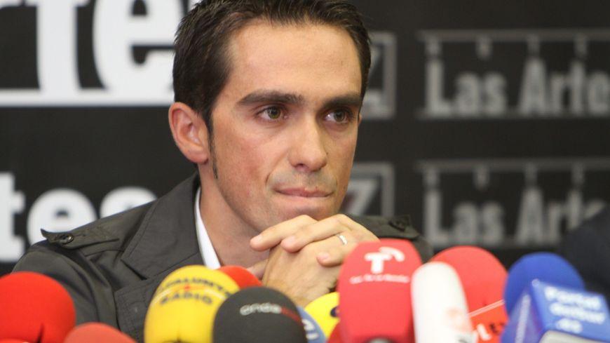 Alberto Contador, face à la presse