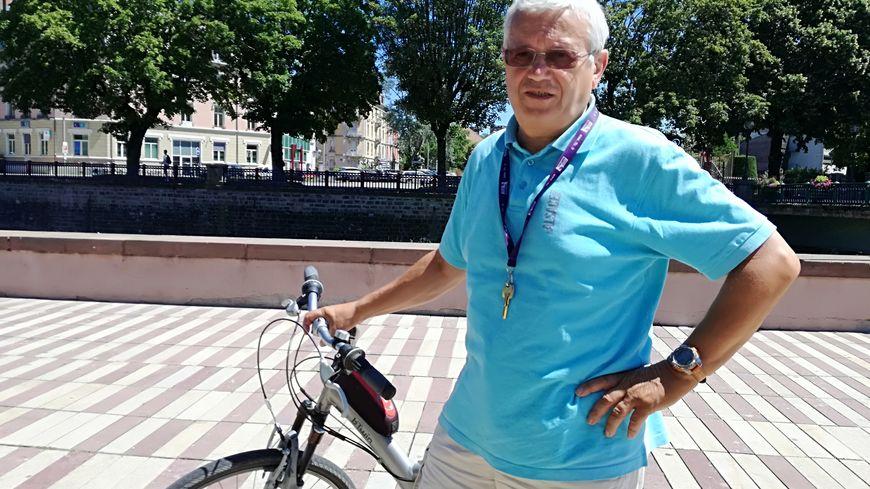 Claude Deschaseaux le long de la Savoureuse à Belfort avant son départ pour son douzième Tour de France