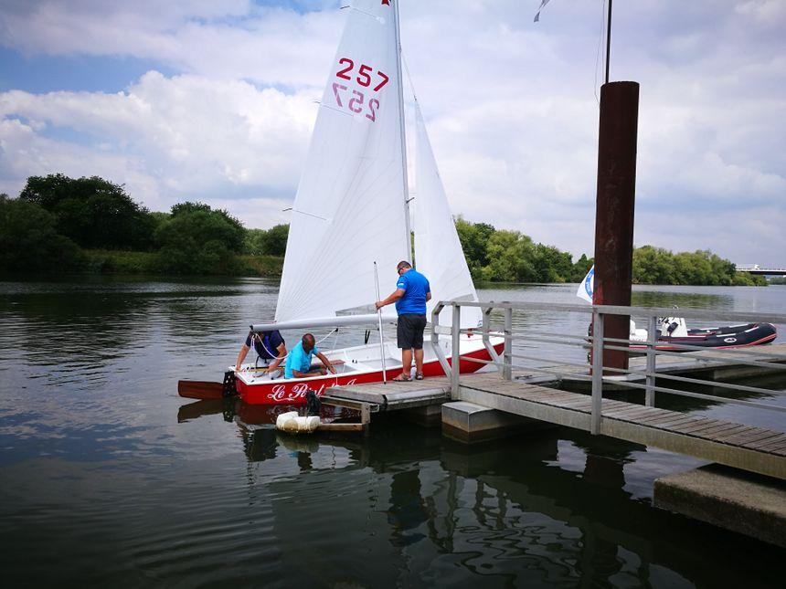 La mise à l'eau du bateau - Radio France