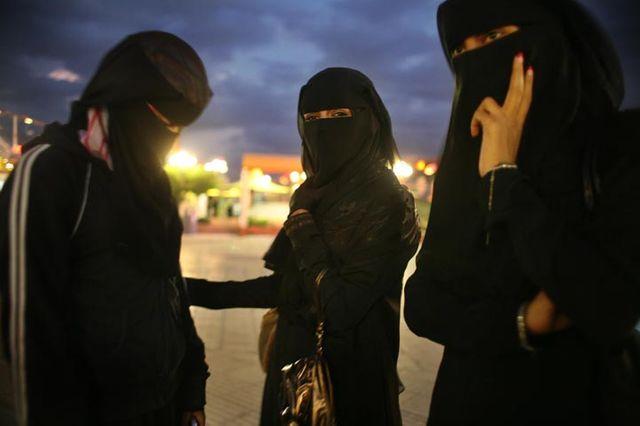 Trois soeurs que Catalina Martin-Chico a suivi pendant quatre ans