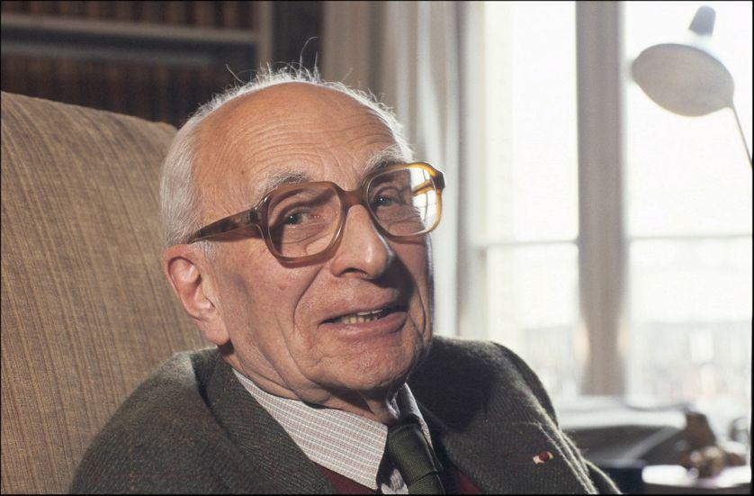 Claude Lévi-Strauss chez lui en août 1988.