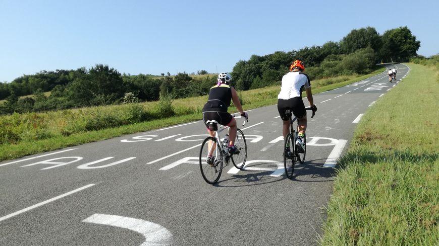 La route des crêtes (D88) regorge de points de vue idéaux pour voir passer les coureurs du Tour de France