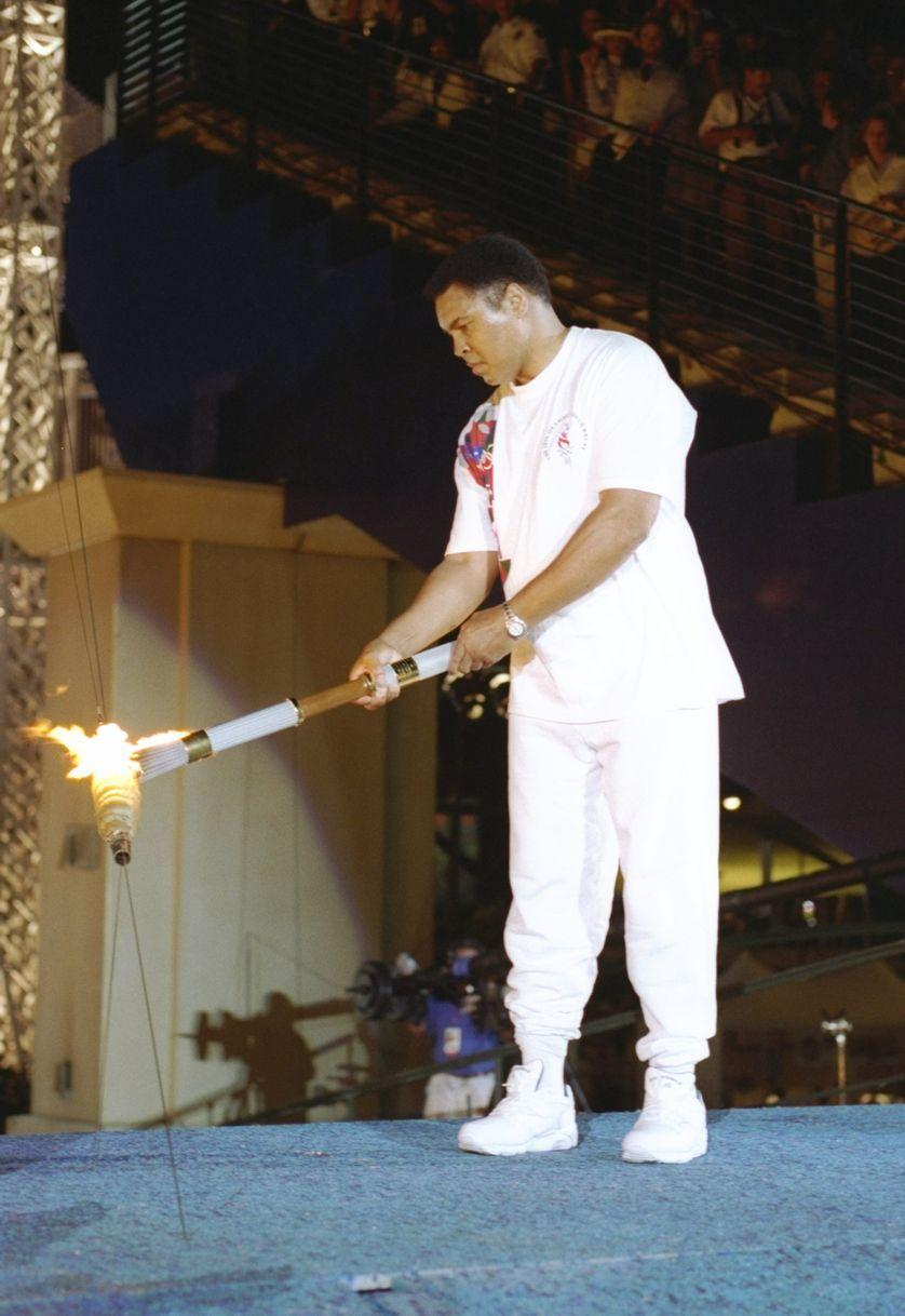 Mohamed Ali qui alluma la vasque Olympique à Atlanta en 1996