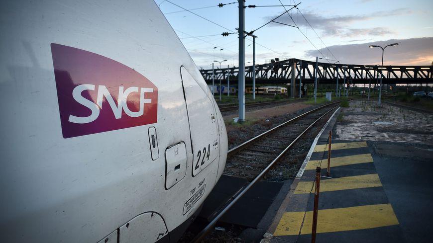 En décembre, la SNCF va supprimer deux allers-retours TGV entre Annecy et Paris.