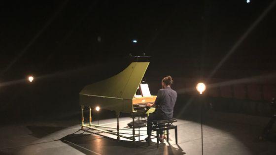 Jean Rondeau au Théâtre de l'Usine, pour son concert le 18 juillet dans le cadre du projet d'enregistrement des 555 sonates de Scarlatti