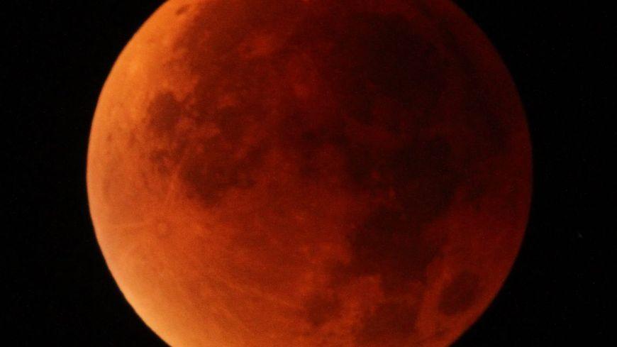 La plus longue éclipse totale de Lune du siècle fera rougir notre satellite