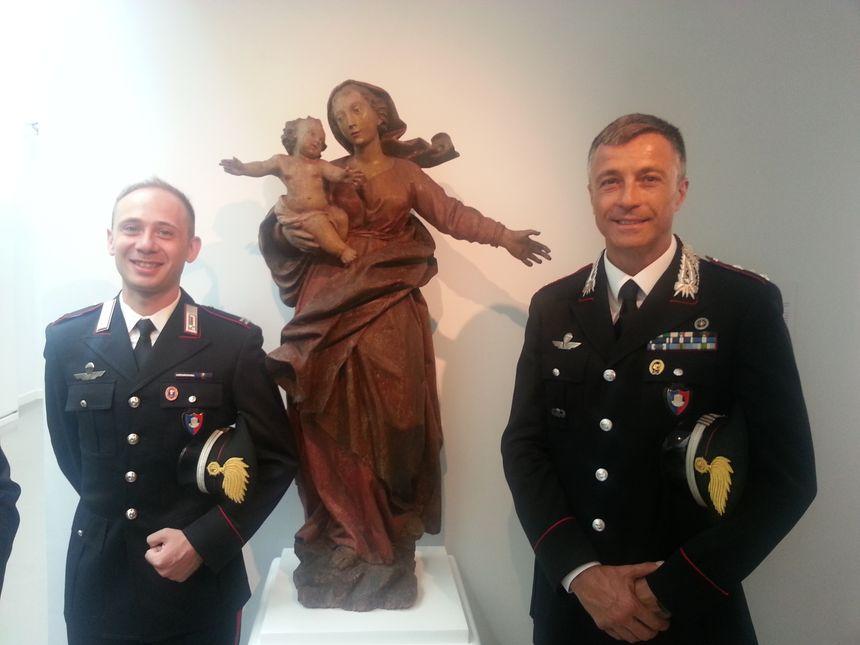 Le maréchal Luigi Portacci (à gauche) et le capitaine Lorenzo Pella (à droite)