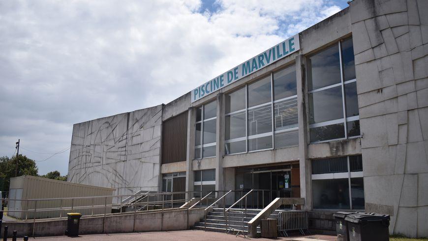 La piscine de Marville, à Saint-Denis