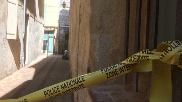 La police nationale a bouclé le secteur.