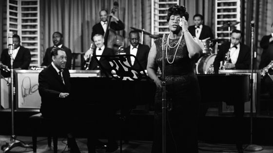 Ella Fitzgerald singing with Ellington and his orchestra - 1964