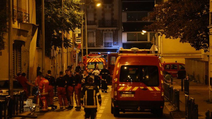 Les pompiers à Aubervilliers.