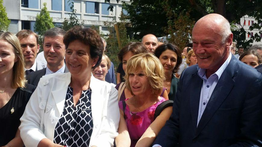 La ministre Frédérique Vidal, au côtés notamment d'Alain Rousset, le président de région, lors de l'inauguration
