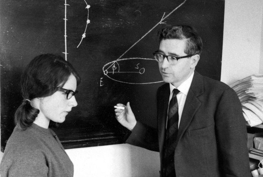 Jocelyn Bell et Anthony Hewish, en mars 1968.