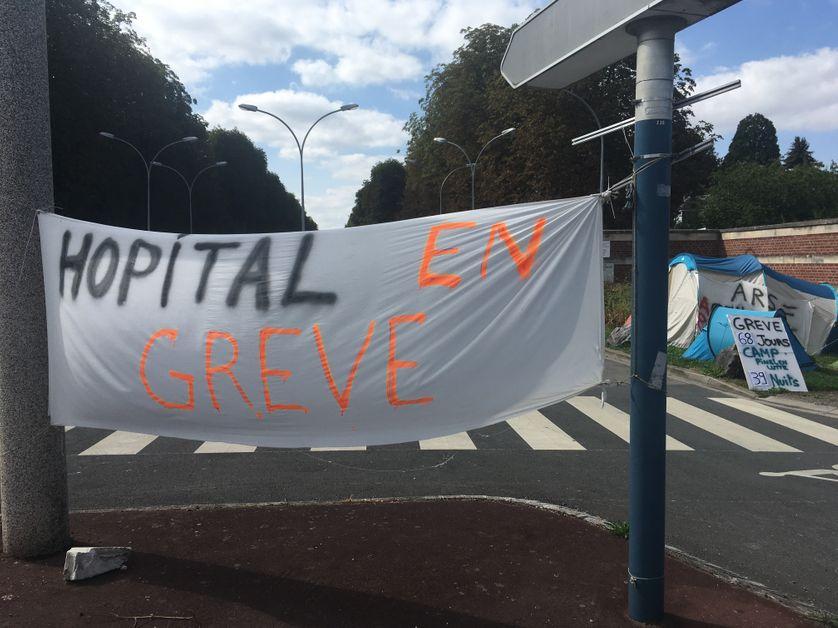 Les grévistes réclament notamment une table ronde avec l'Agence régionale de santé et tous les acteurs.