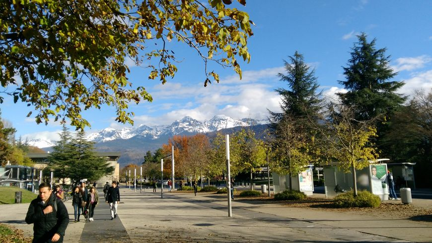 Le campus de l'Université Grenoble-Alpes à Saint-Martin-d'Hères