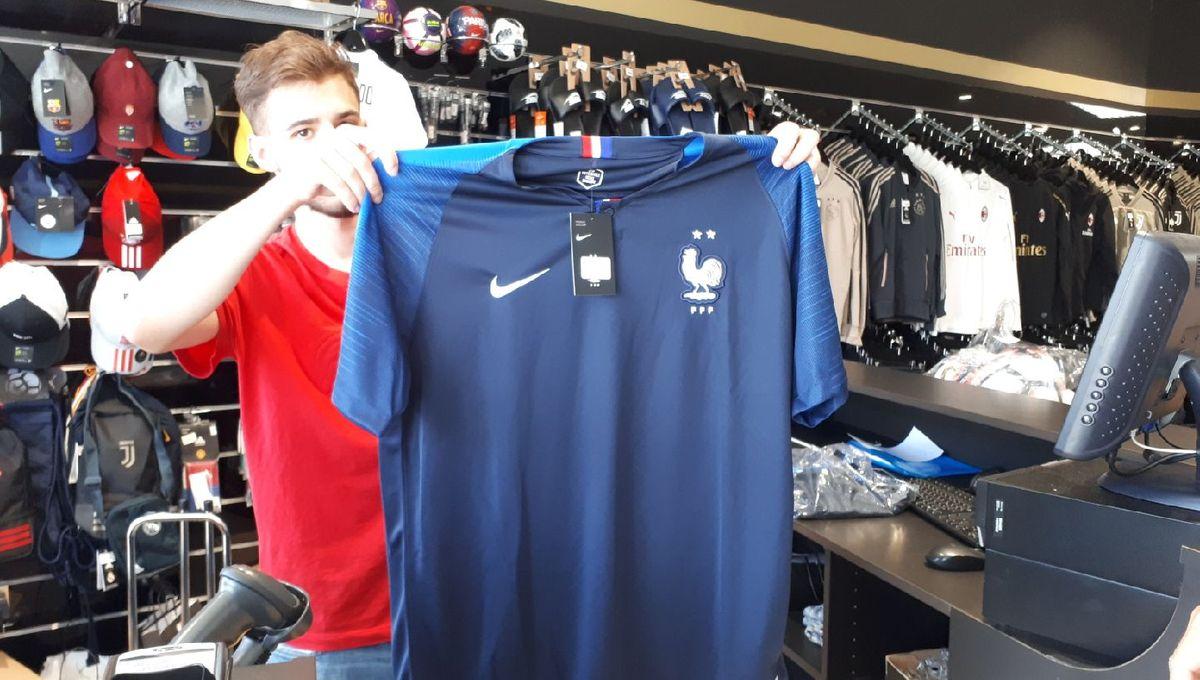 Mondial 2018 : les maillots deux étoiles s'arrachent à Mulhouse