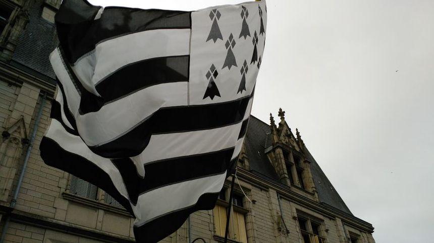 Le Gwenn ha du, drapeau emblème de la Bretagne