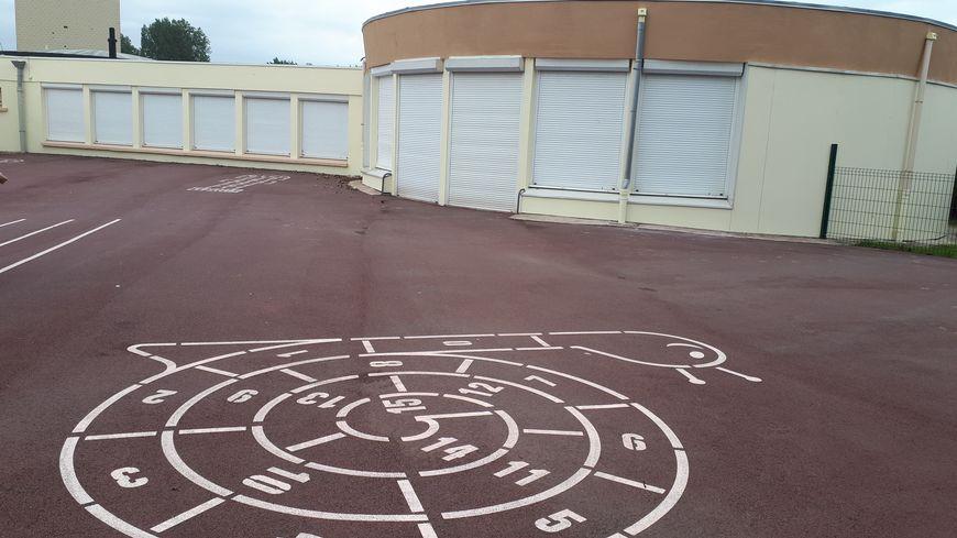 150.000 euros de travaux ont été effectués, en deux ans, à l'école maternelle Fabre d'Eglantine, à Boulogne-sur-mer, notamment pour refaire la cour.