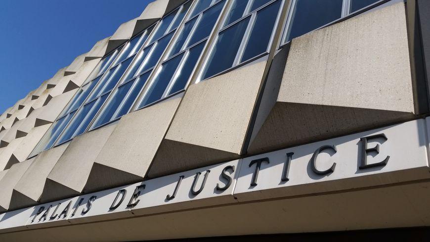 Le palais de justice de la Roche sur Yon, où sera présenté le suspect