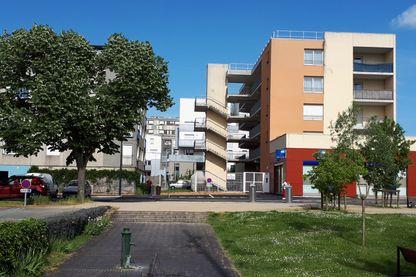 Vue d'immeubles à Allonnes dans la Sarthe