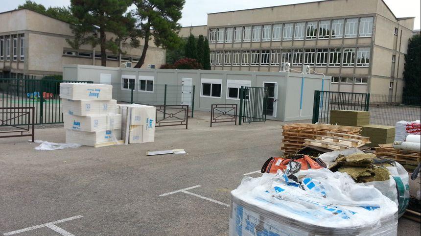 Une classe supplémentaire dans un bâtiment préfabriqué à l'école maternelle des Grands Cyprès d'Avignon