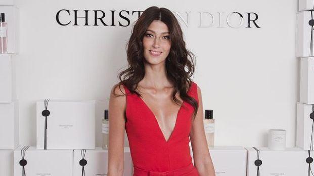 Sophie Vouzelaud est l'une des ambassadrices des nouveaux parfums Dior