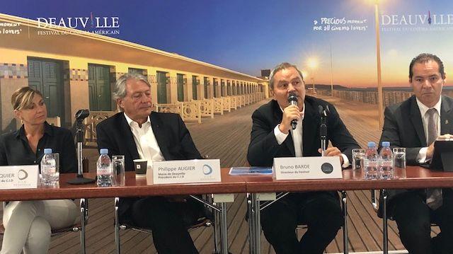 Bruno Barde, le directeur du festival du cinéma américain et Philippe Augier, le maire de Deauville, ont présenté le programme de la 44ème édition.