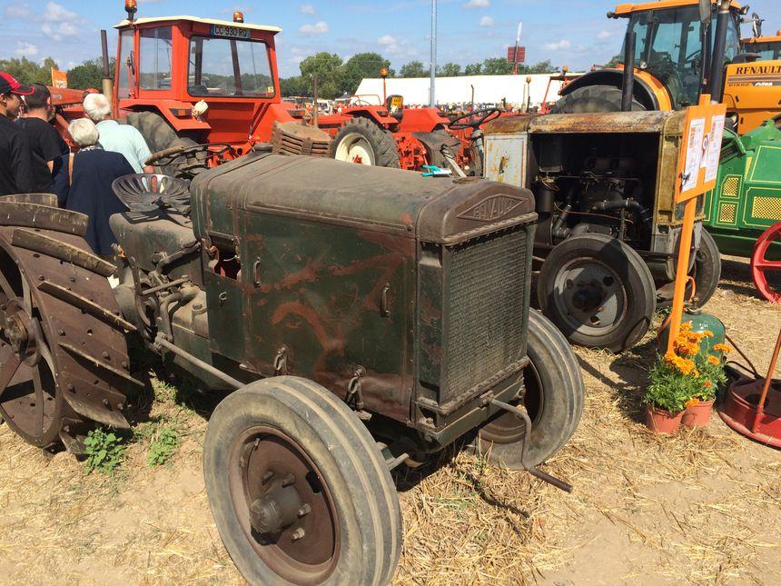 Tracteur Renault des années 1920