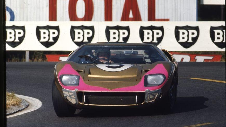 La Ford GT40 Mark II numéro 5, troisième aux 24h du Mans 1966.