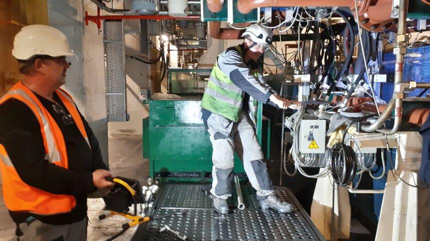 En plus de l'installation de nouveaux robots ou de nouvelles lignes, des travaux de maintenance sont effectués.