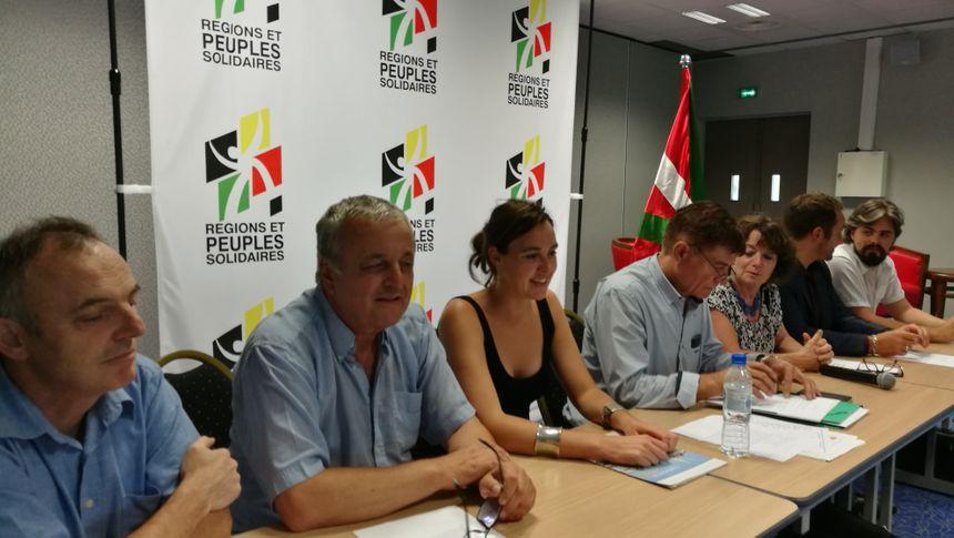 les dirigeants de Régions et Peuples Solidaires à Bayonne